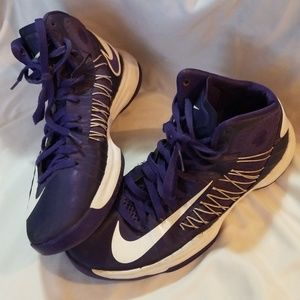 Womens 9.5 Nike Hyperdunk Basketball Shoes Purple